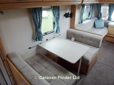 Compass Corona 576 2014 Caravan Photo